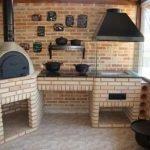 Churrasqueira de alvenaria com forno e fogão